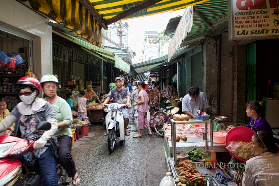 Driving through narrow alley markets!